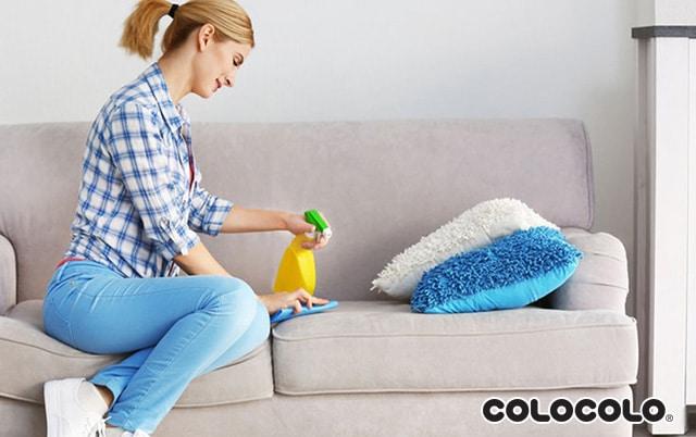 làm sạch ghế sofa