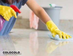 cách làm sạch mặt đá bếp